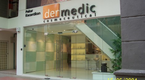 dermedic glass shopfront